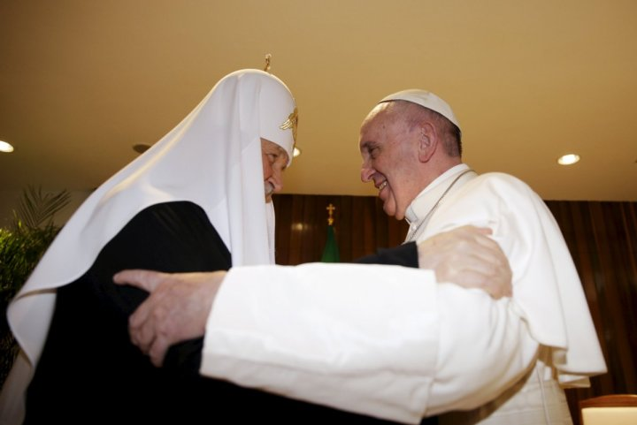russian-orthodox-patriarch-kirill-left-and-pope-francis-embrace-in-havana-february-12-2016
