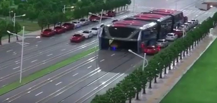 china-hoverbus-702x336